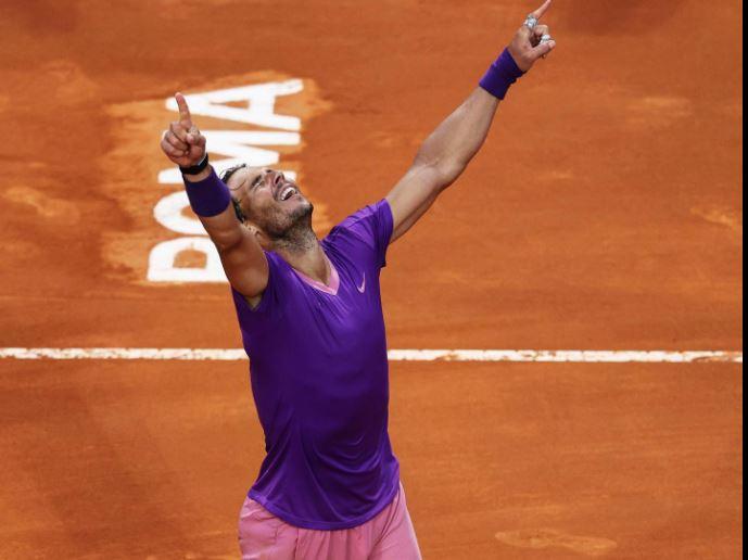 Rafael Nadal câștigă turneul de la Roma, după ce îl bate pe Djokovic în finală