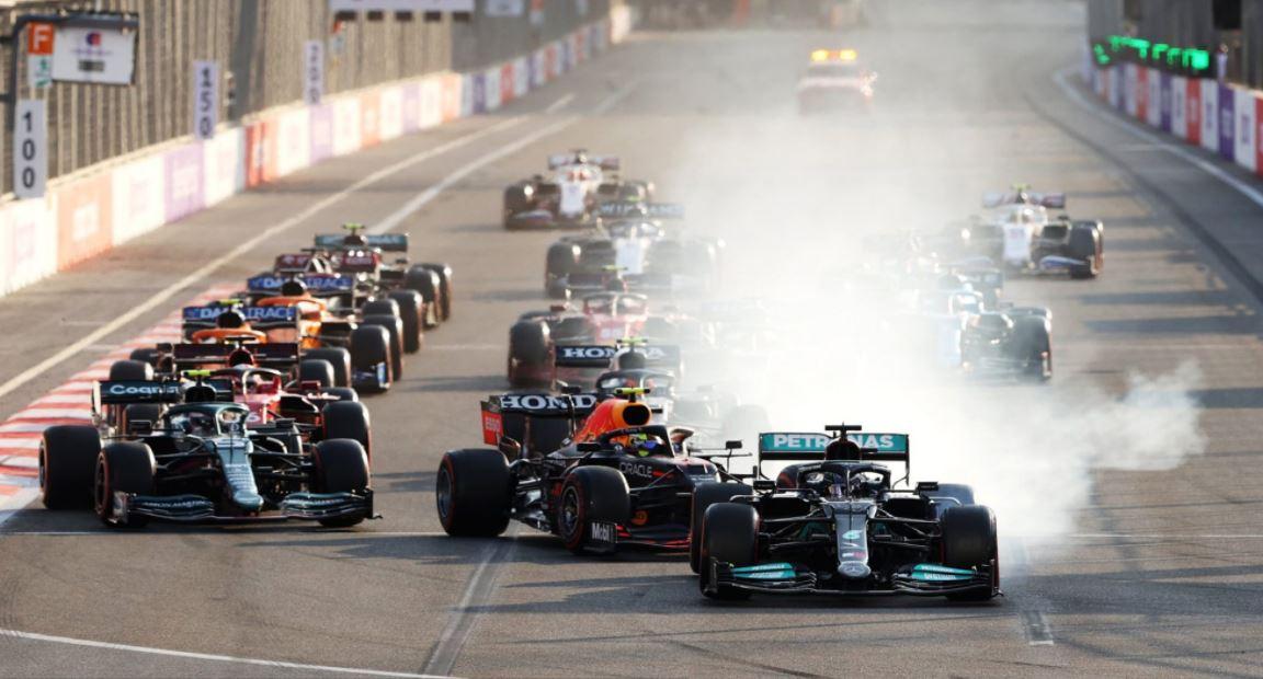 Dramatism, erori și abandon. Sergio Perez primul la Grand Prix-ul de Formula 1 al Azerbaidjan-ului