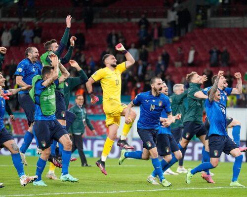 Italia suferă dar câștigă semifinala cu Spania la penalty-uri, pentru calificarea în ultimul act al Euro 2020